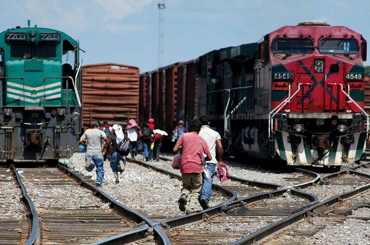 mapa-USA-Mexico-85241_Running_for_train_Tierra_Blanca_Veracruz_small